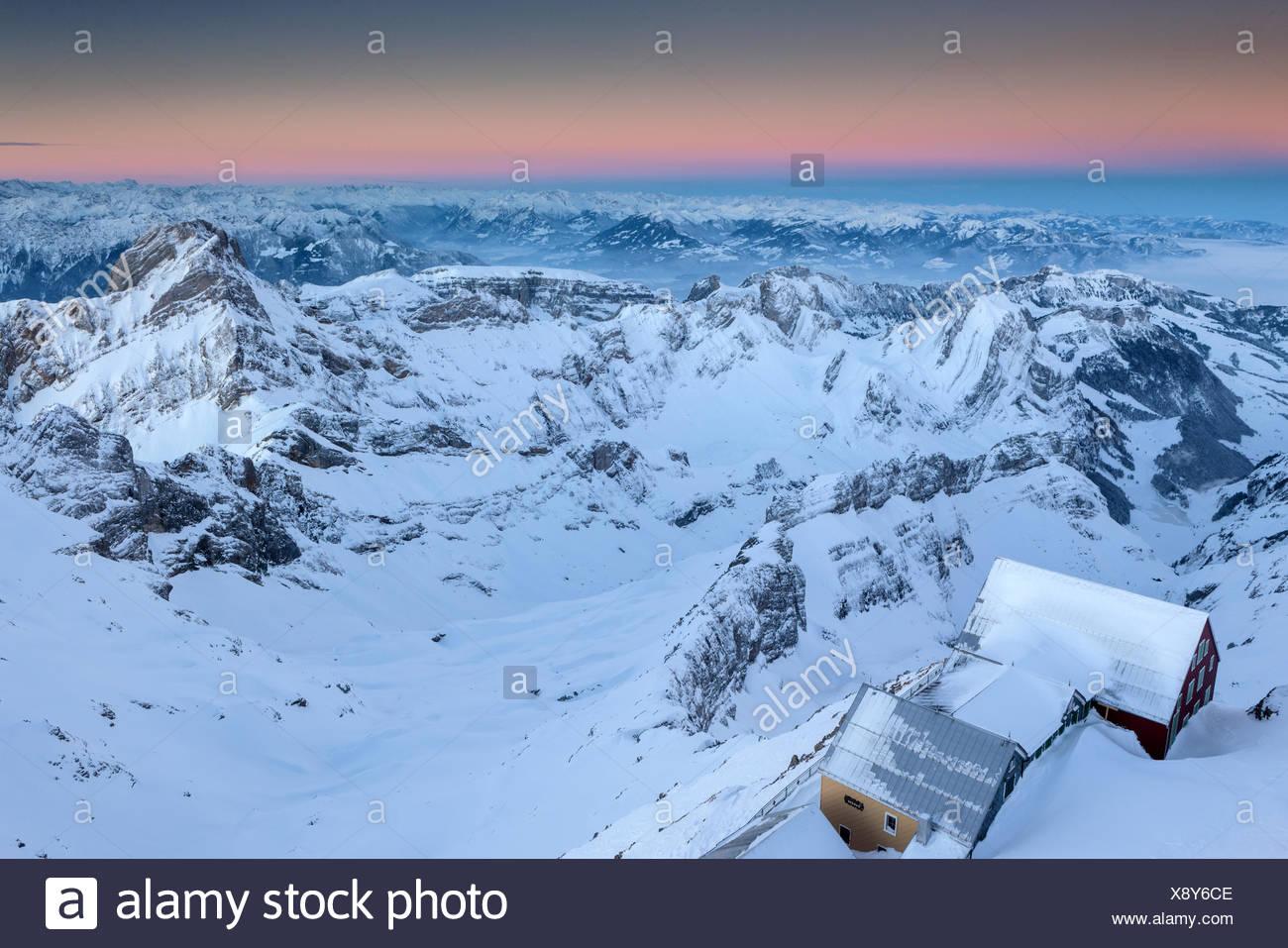Ansicht, Vista, Säntis, Schweiz, Kanton Appenzell, Appenzell Innerrhoden, Alpstein, Inn, Alter Säntis, Winter, Dämmerung Stockbild