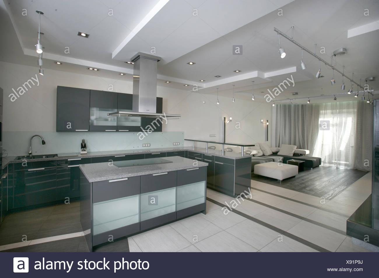 moderne Küche und Wohnzimmer Stockfoto, Bild: 280937262 - Alamy