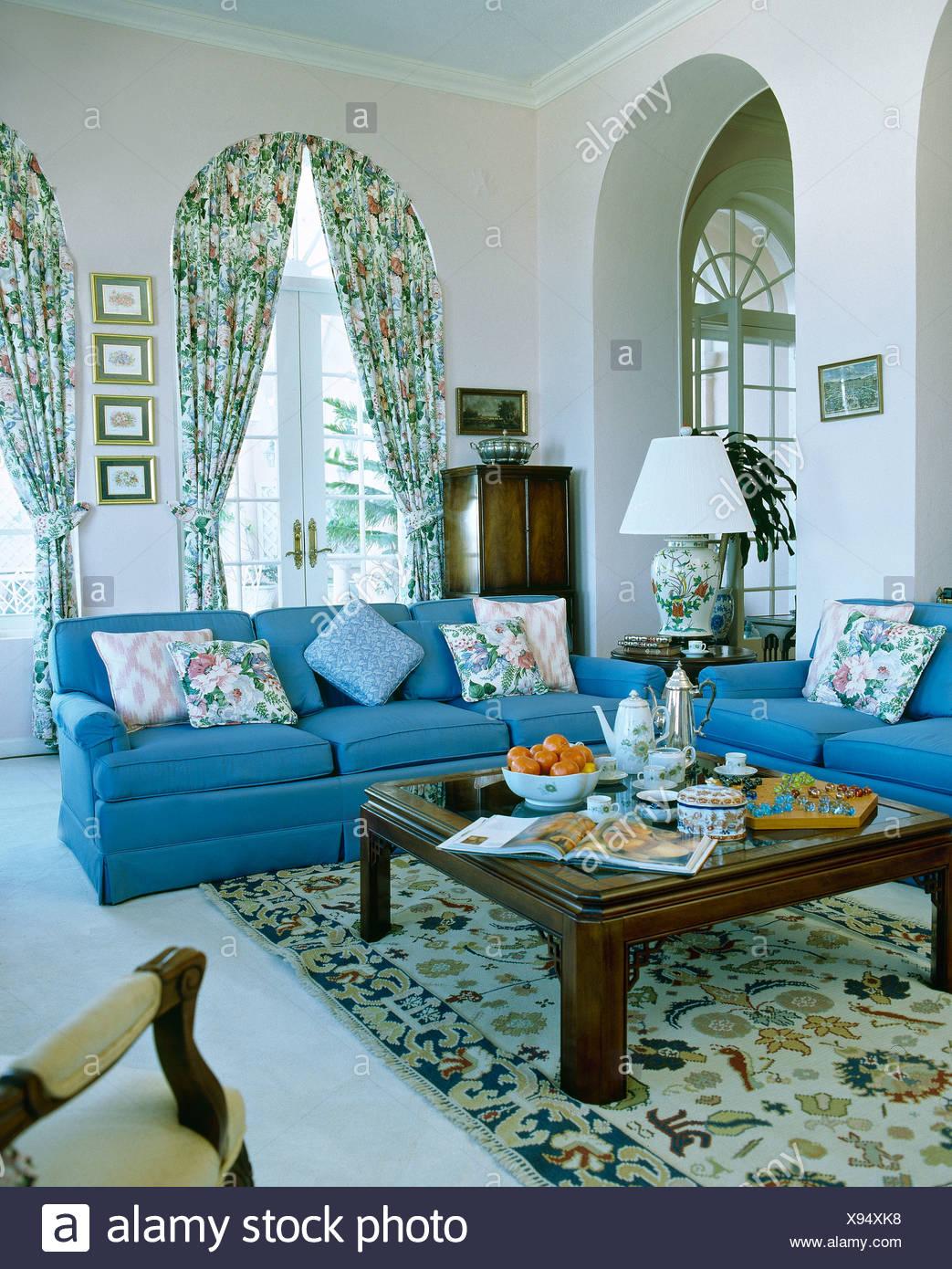 Wunderbar Wohnzimmer Blau Holz Fotos - Heimat Ideen ...