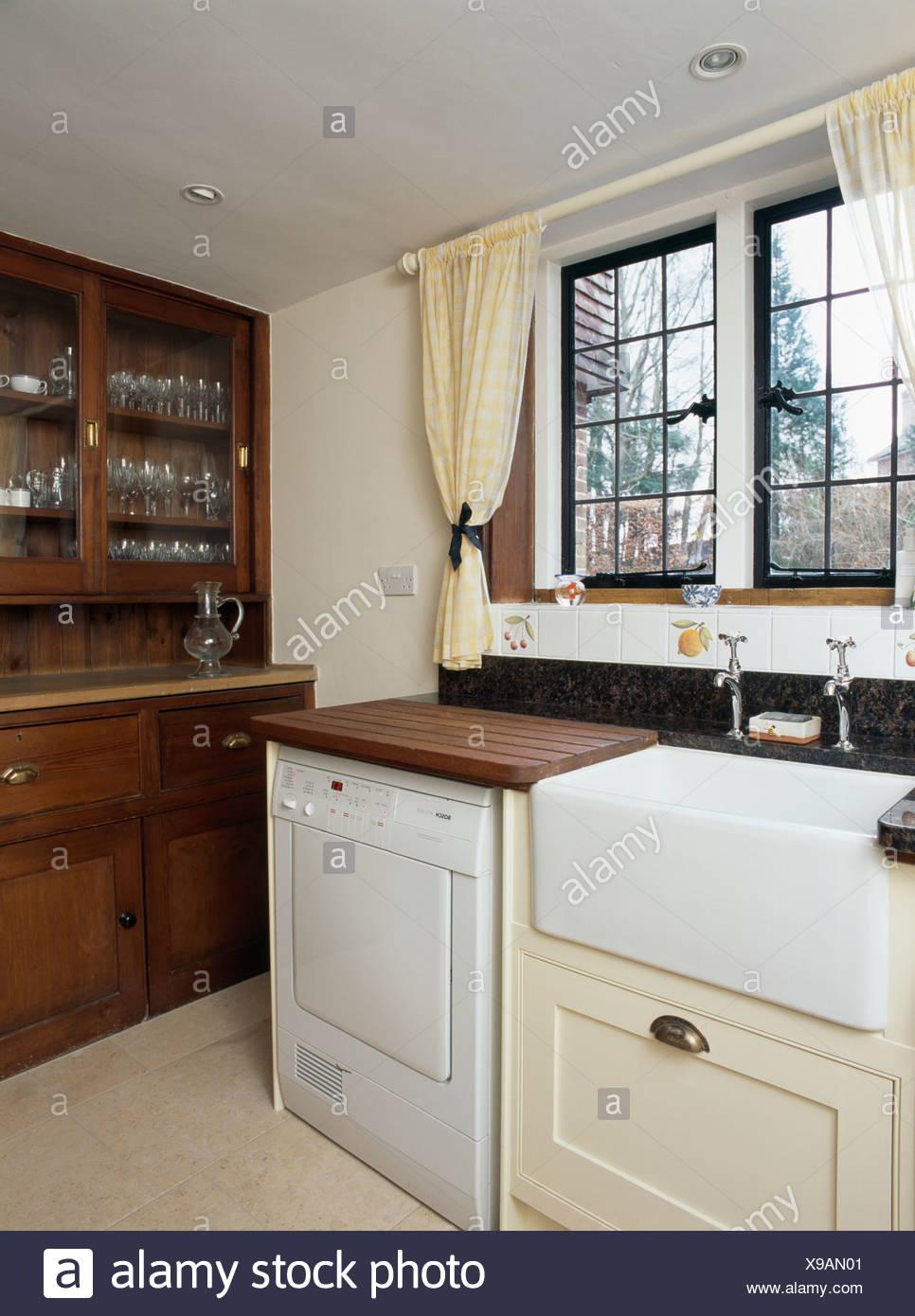Appliances Dishwashers Stockfotos & Appliances Dishwashers Bilder ...
