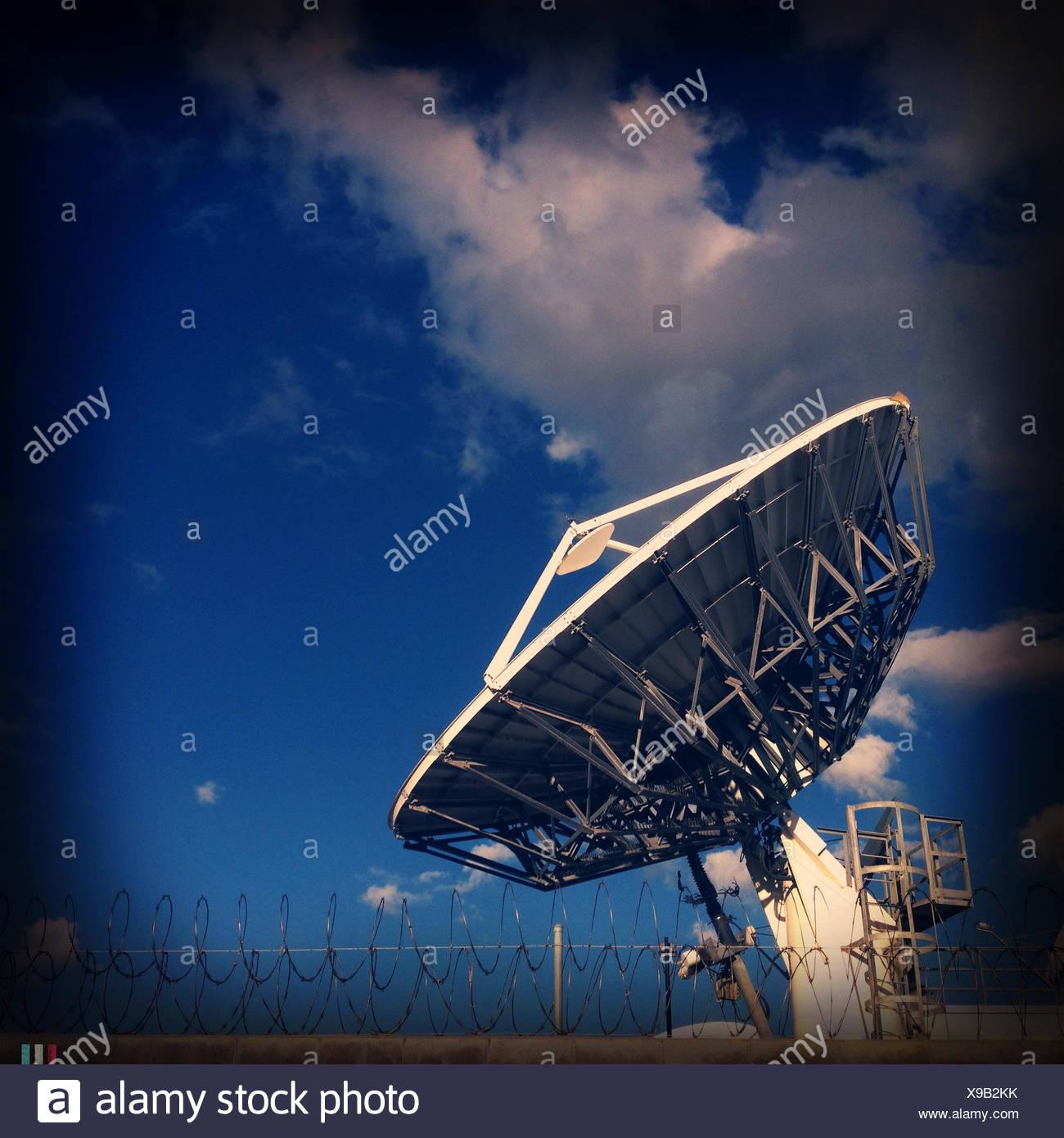 USA, California, Los Angeles, Satellitenschüssel Stockbild