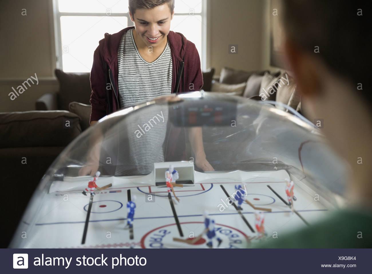 hockey games stockfotos hockey games bilder alamy. Black Bedroom Furniture Sets. Home Design Ideas