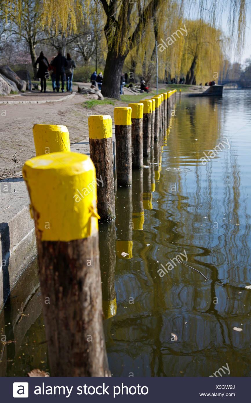 Poller in der Urban Hafen in Berlin, Deutschland, Europa Stockbild