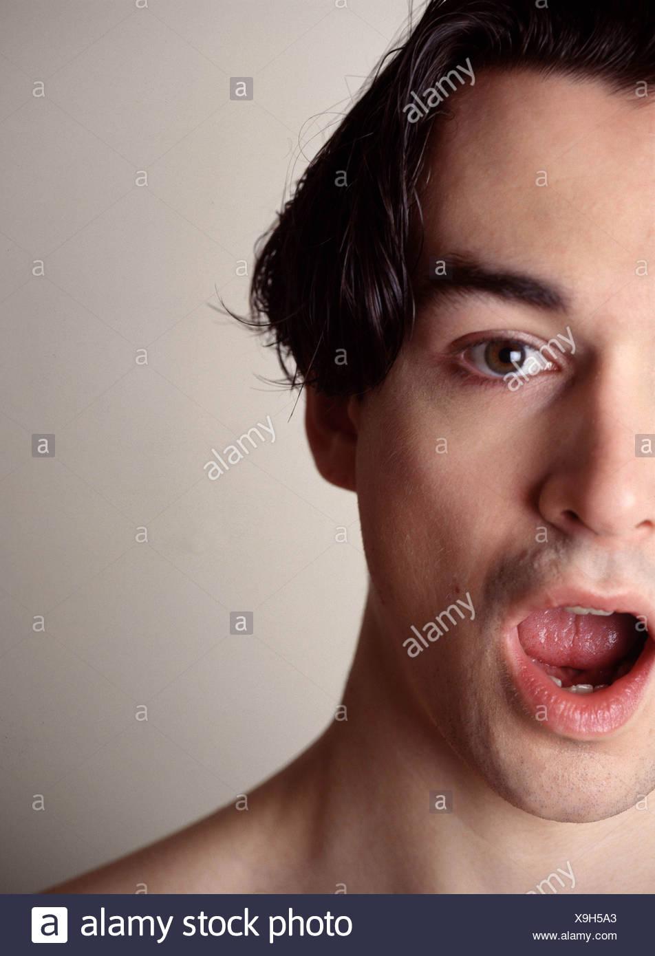 Bild Der Männlichen Mittellange Braune Haare Schwere