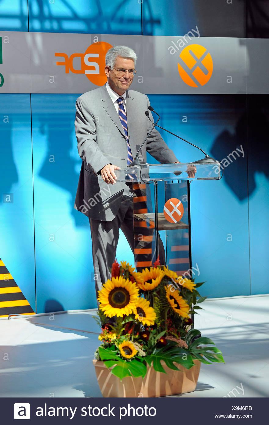 ZDF-Programmdirektor Dr. Thomas Bellut im Rahmen der Preisverleihung des XY-Preises an die Gewinner des Jahres 2009 aus dem Programm Aktenzeic Stockbild