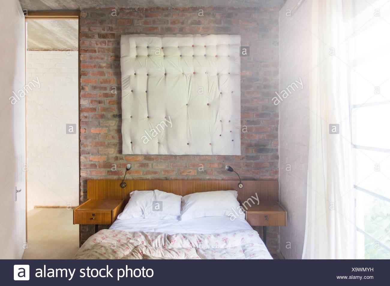 Wandbehang in modernen Schlafzimmer Stockbild