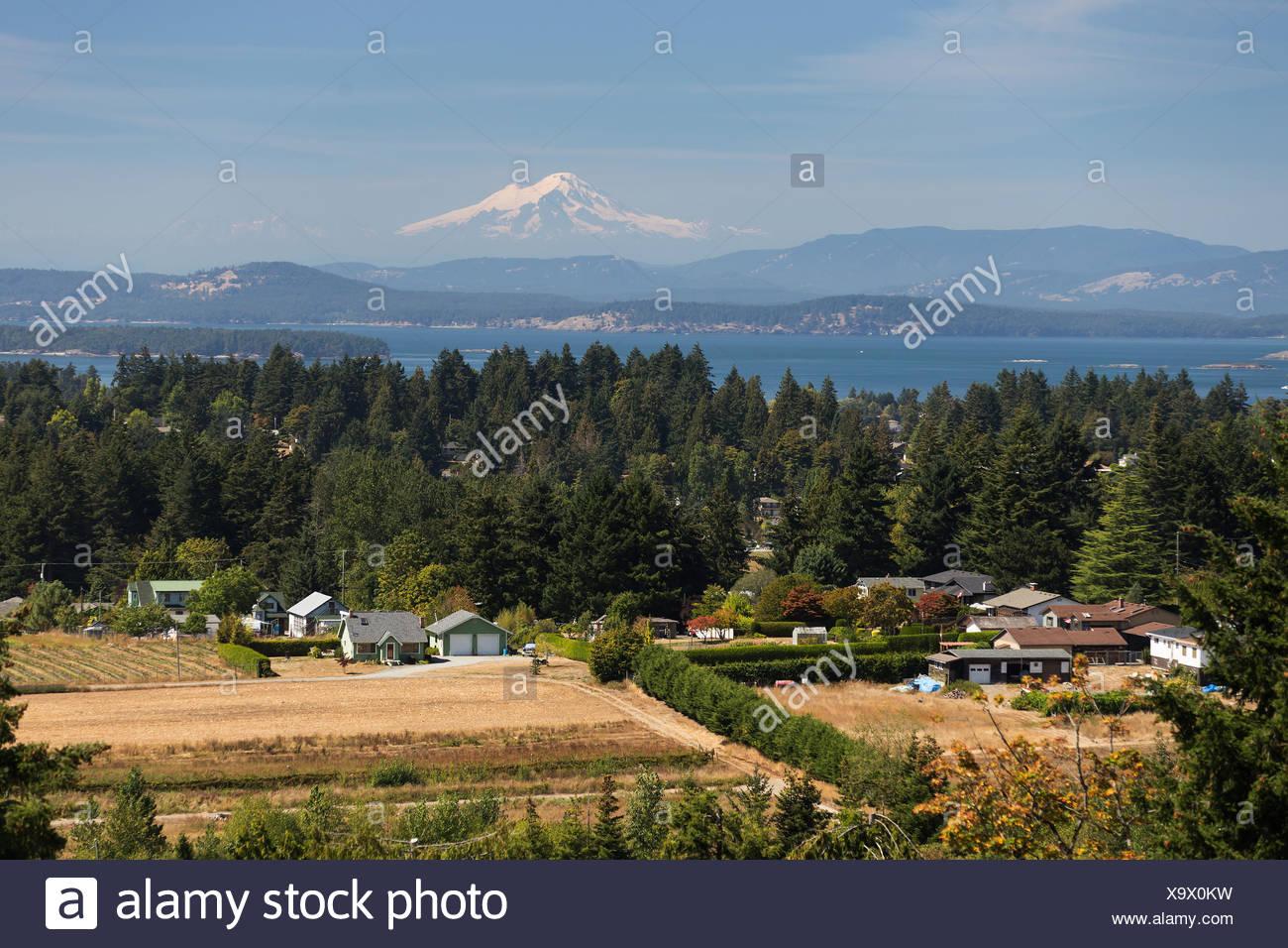 Mt Baker und Haro gerade für Malerische Kulissen zu Dieser saanich Malerische. central Saanich, Vancouver Island, British Columbia, Kanada. Stockbild