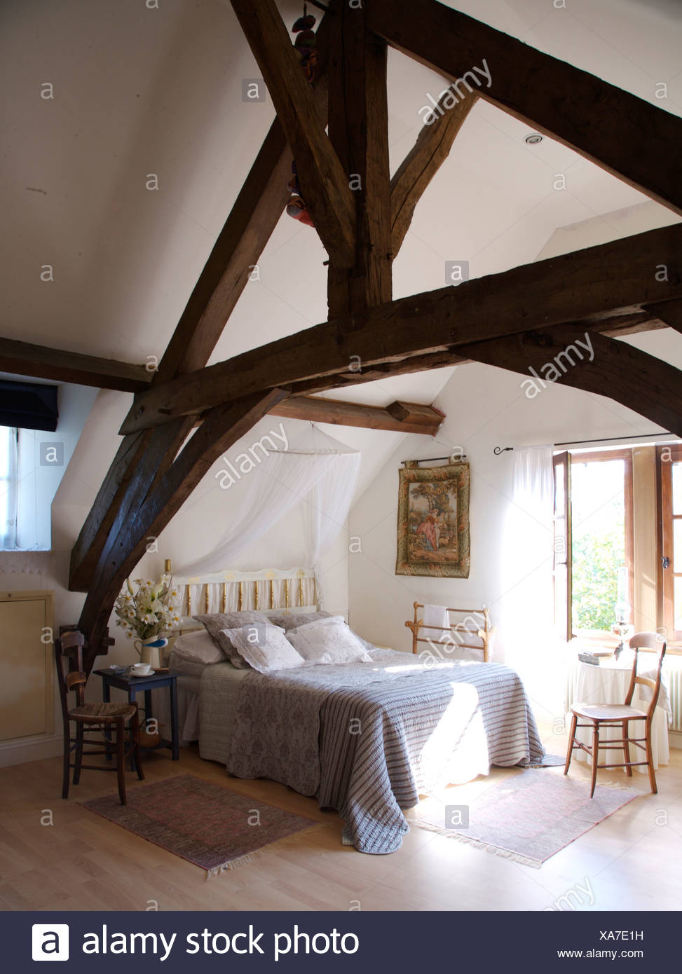 Wooden Ceiling In Rustic Interior Stockfotos & Wooden Ceiling In ...