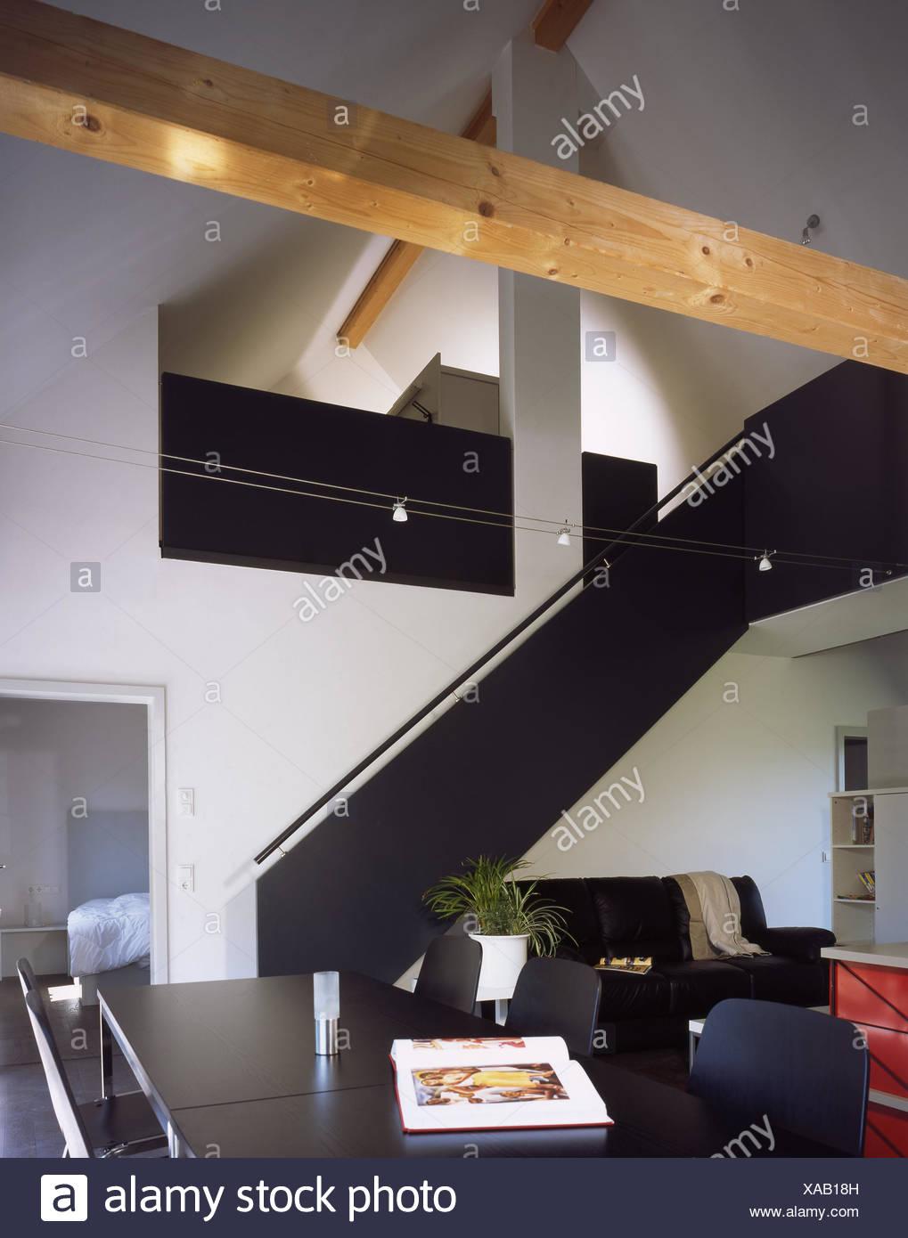 Wohnhaus Wohnen Quadrat Galerie Wohnzimmer Ledercouch Esstisch