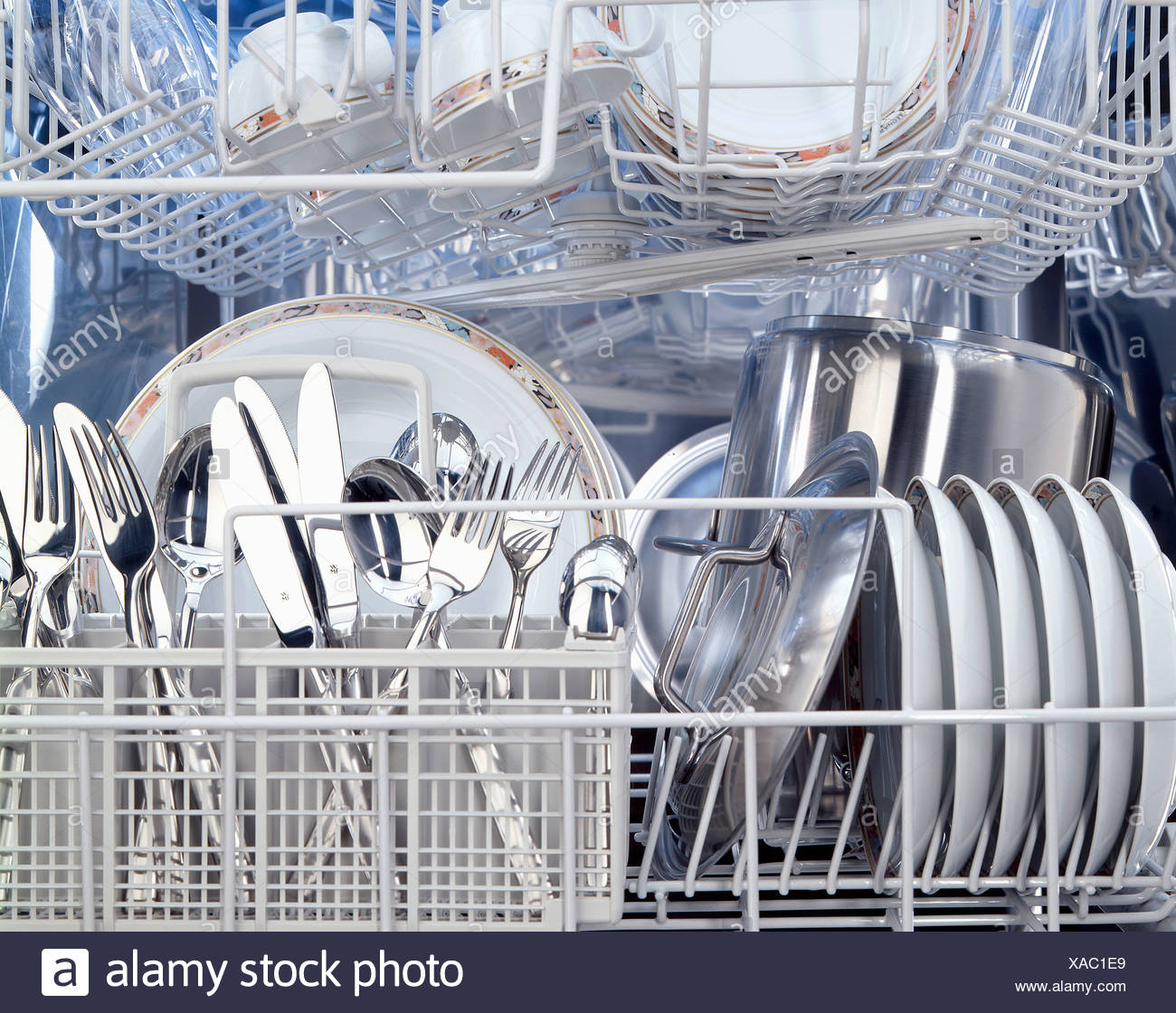 View Of The Inside Of A Dishwasher Stockfotos View Of The Inside
