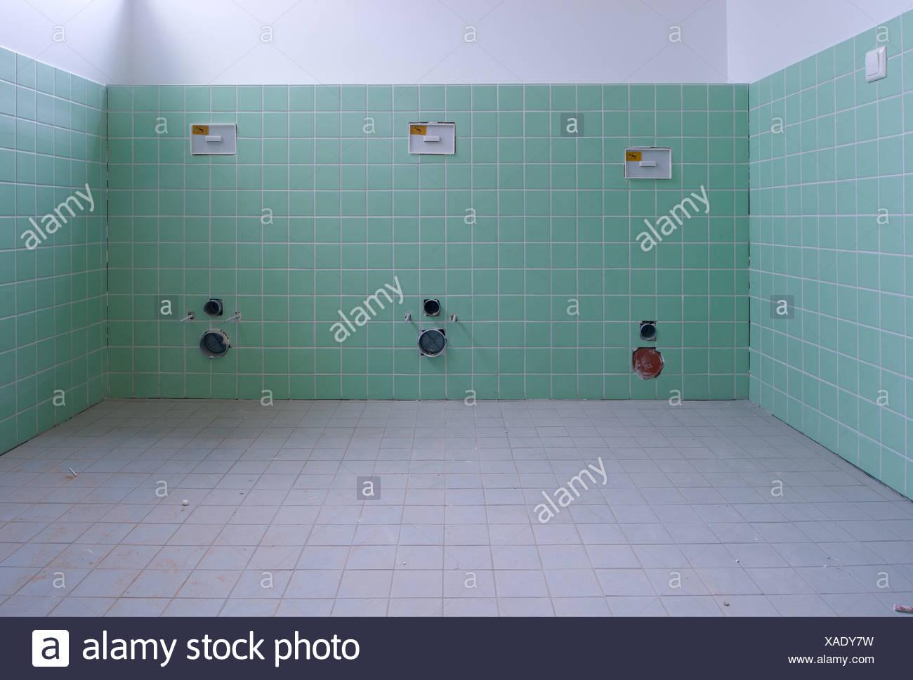 Berlin, Deutschland, Ausbau eines Sanitaerbereichs in einer Kindertagesstätte Stockbild