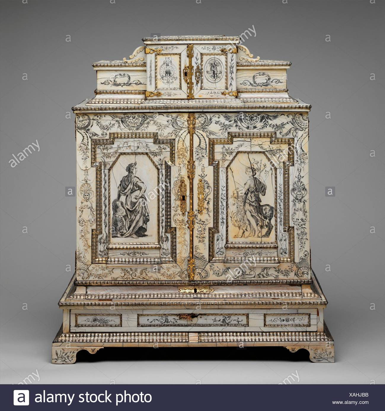 Cabinetry Stockfotos & Cabinetry Bilder - Alamy