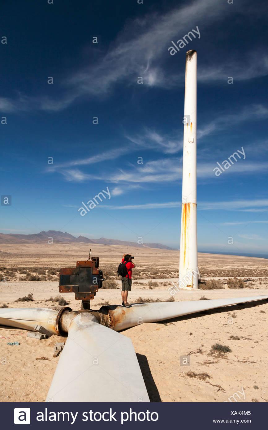 Gebrochene Windkraftanlage Stockbild