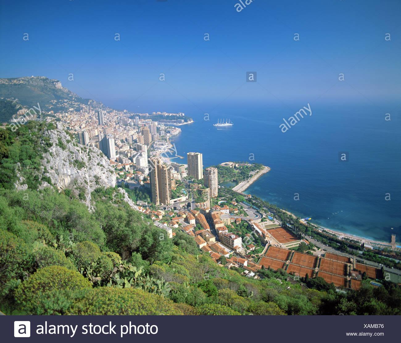 5-Master Segelschiff Monaco mit Meerblick von Roquebrune-Übersicht Stockbild