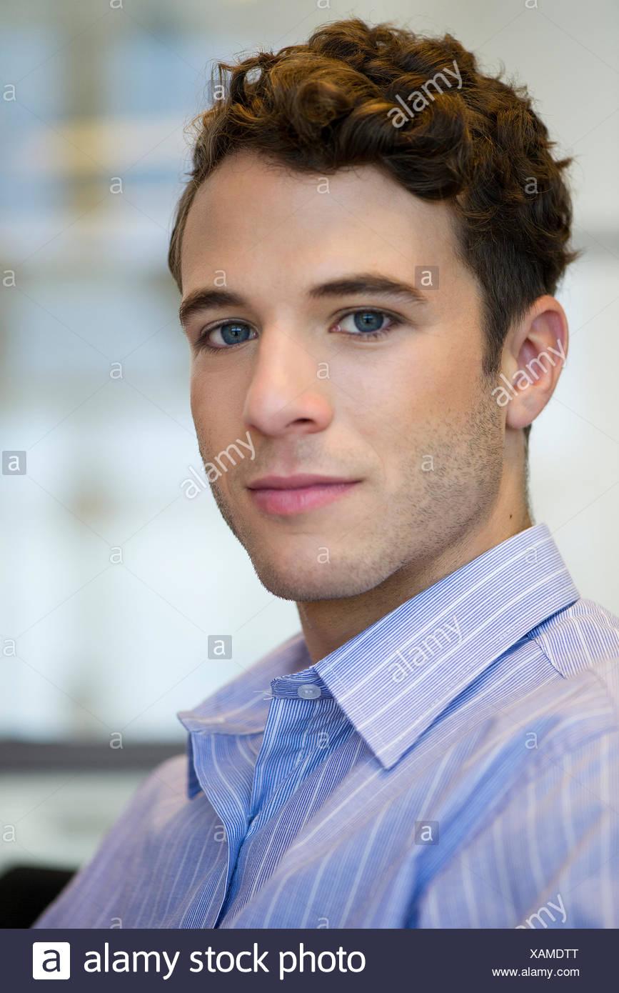 Junger Mann, portrait Stockbild