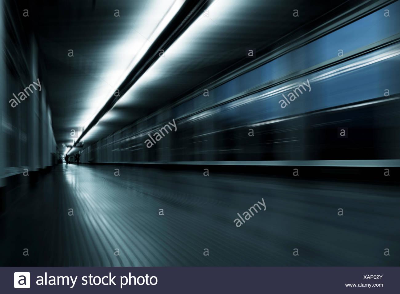 Abstraktes Korridor mit Motion blur. Stockbild