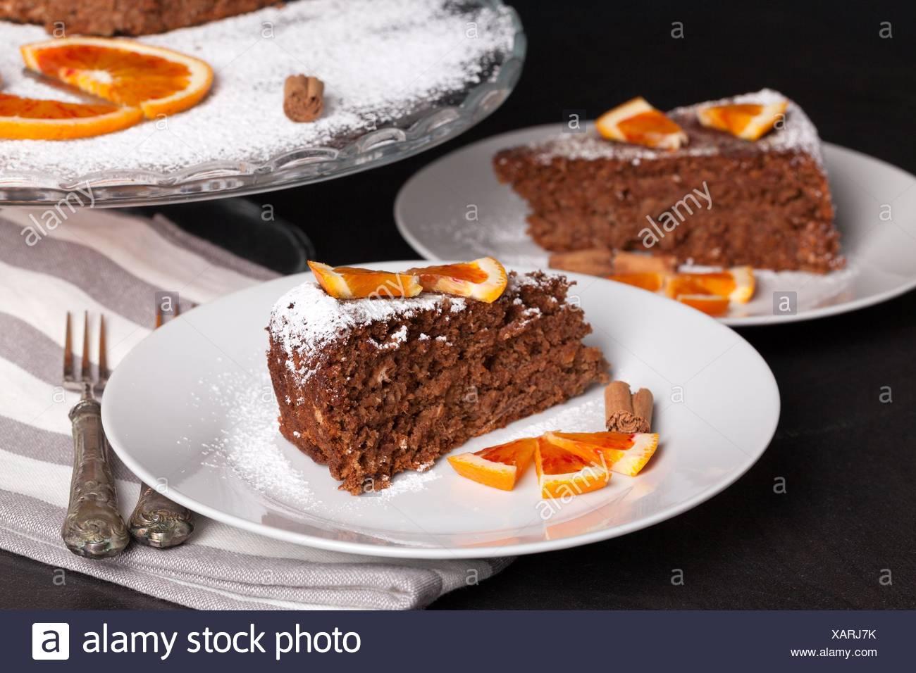 Soft Cake Mit Schokolade Und Orangen Auf Kuchen Und Schnitten Mit