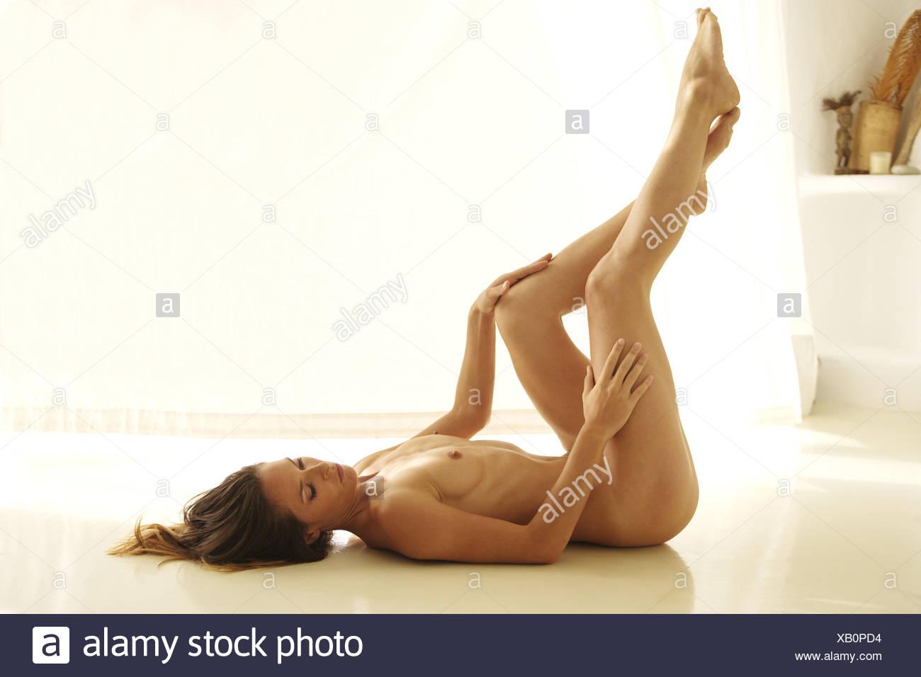 Nackte frauen schlanke Geile Frauen