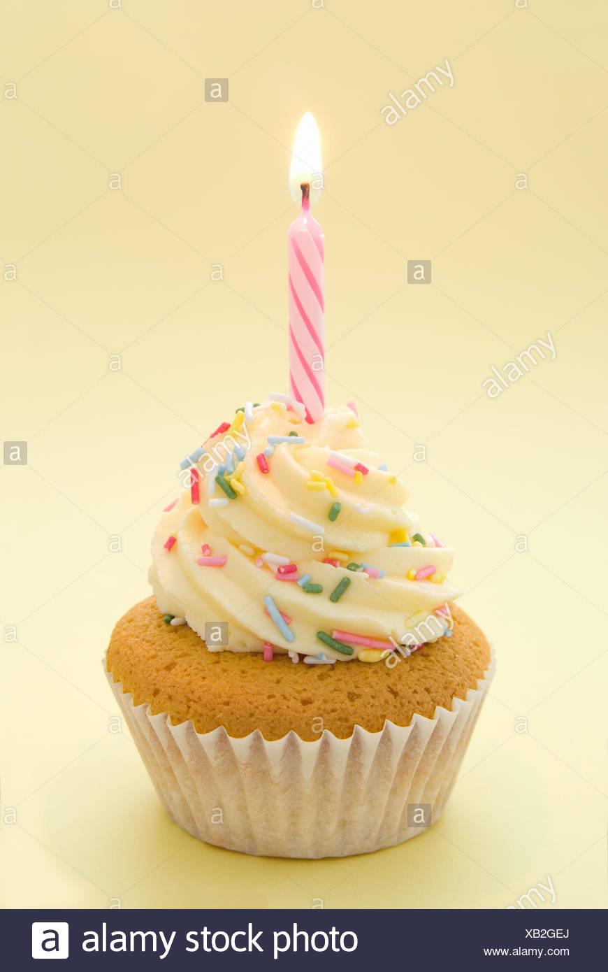 Kerze Kuchen Kuchen Geburtstag Essen Aliment Bunte Susse Farbige