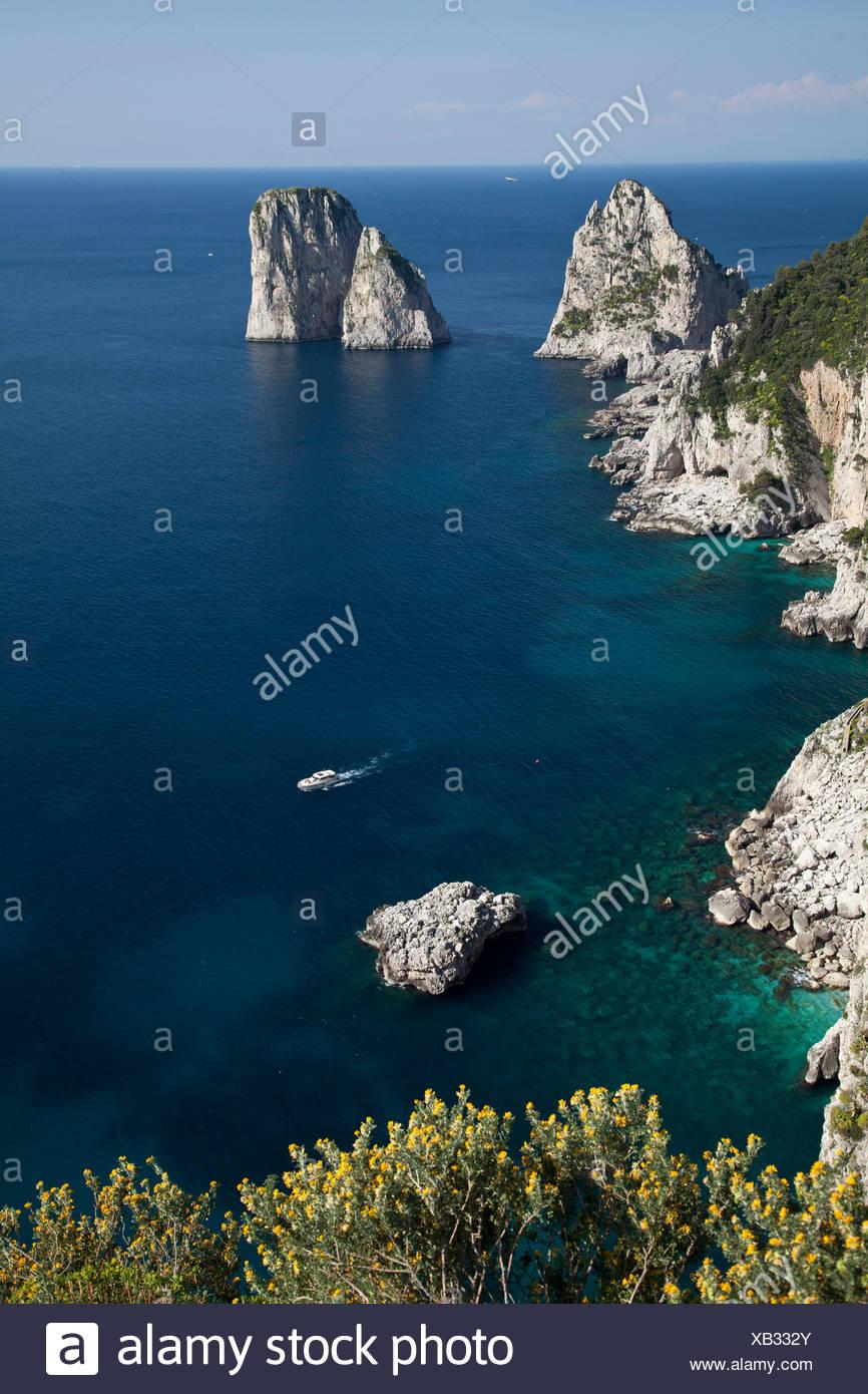 Campania, Capri, Fels, Golf von Neapel, Il Capo, Insel, Kolonialpolitik, Italien, Kampanien, Meer, Mittelmeer Stockbild