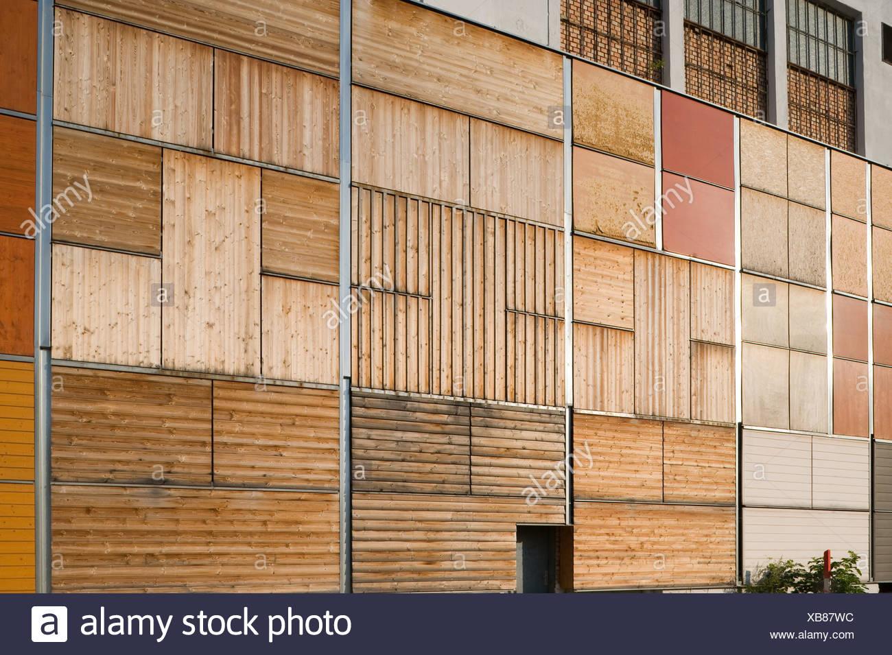 holzfassade - holz fassade stockfoto, bild: 282308920 - alamy