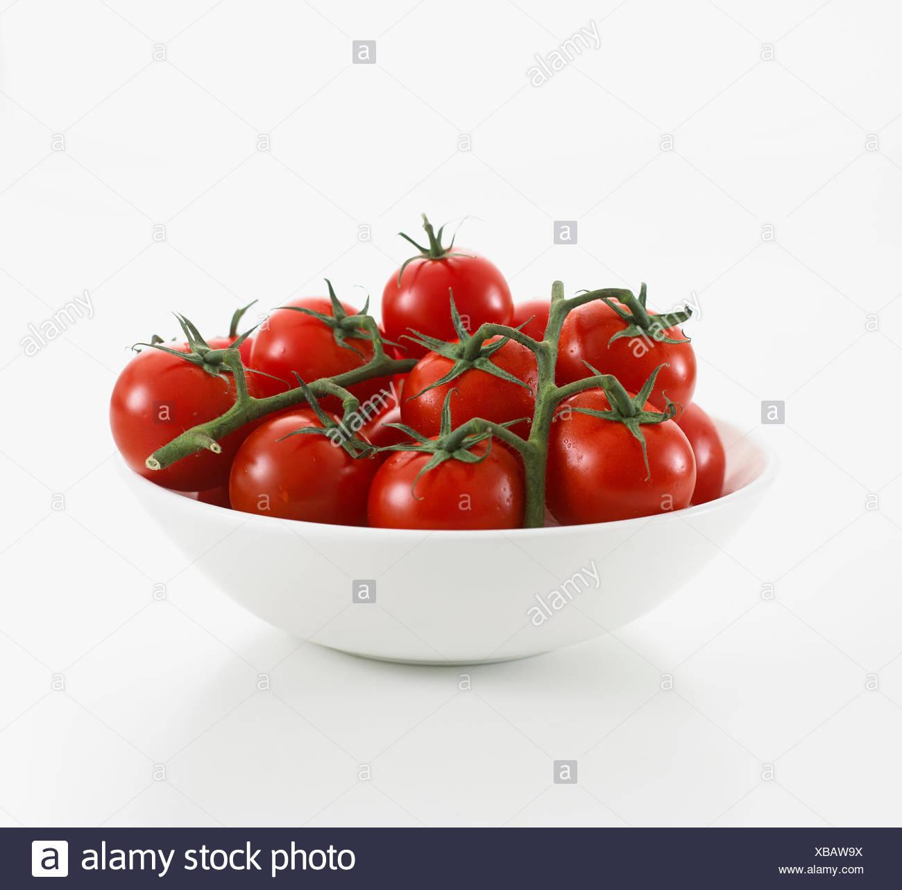 Schüssel mit Cherry-Tomaten Stockbild