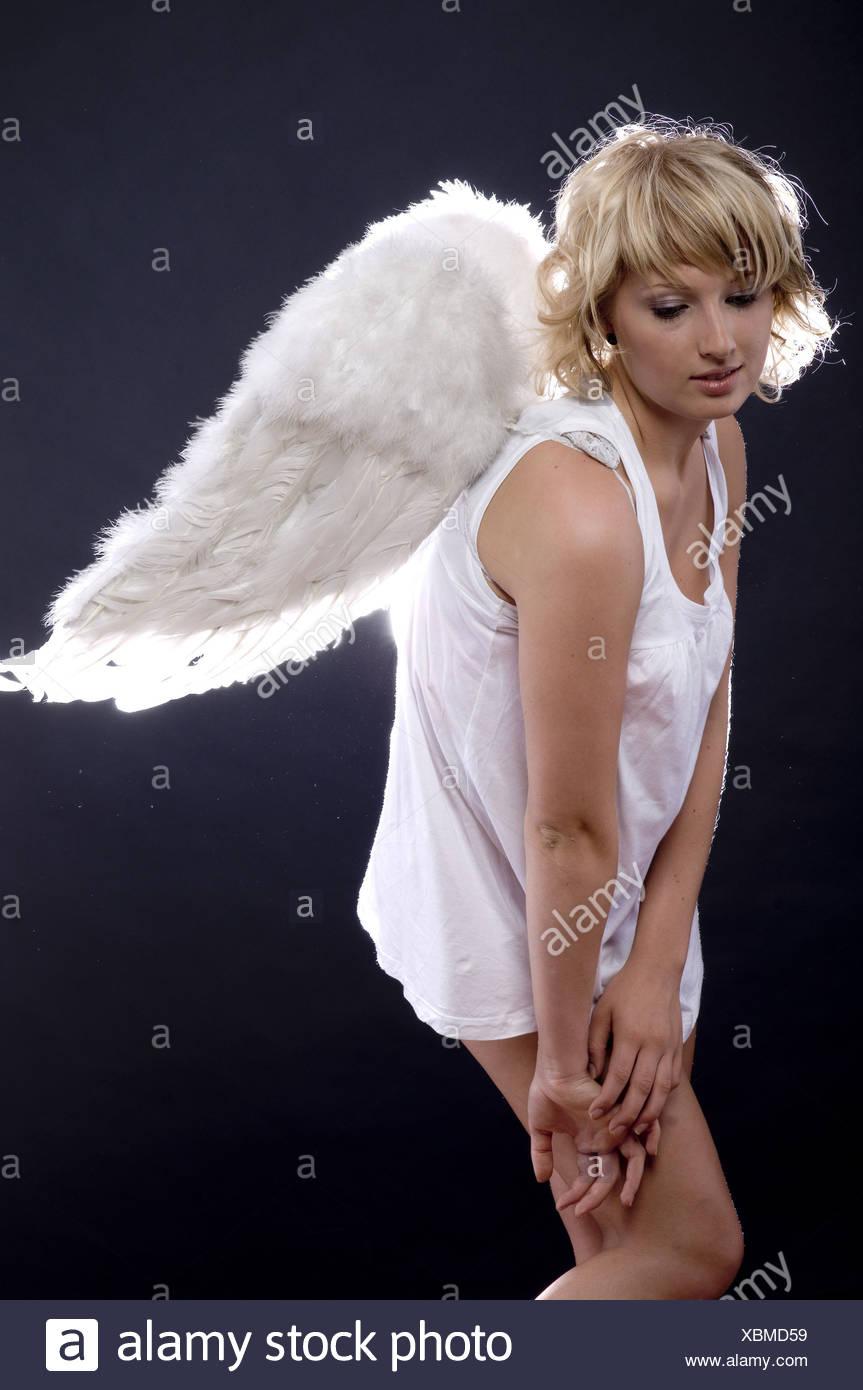 tugendhafter junge blonder engel gefickt