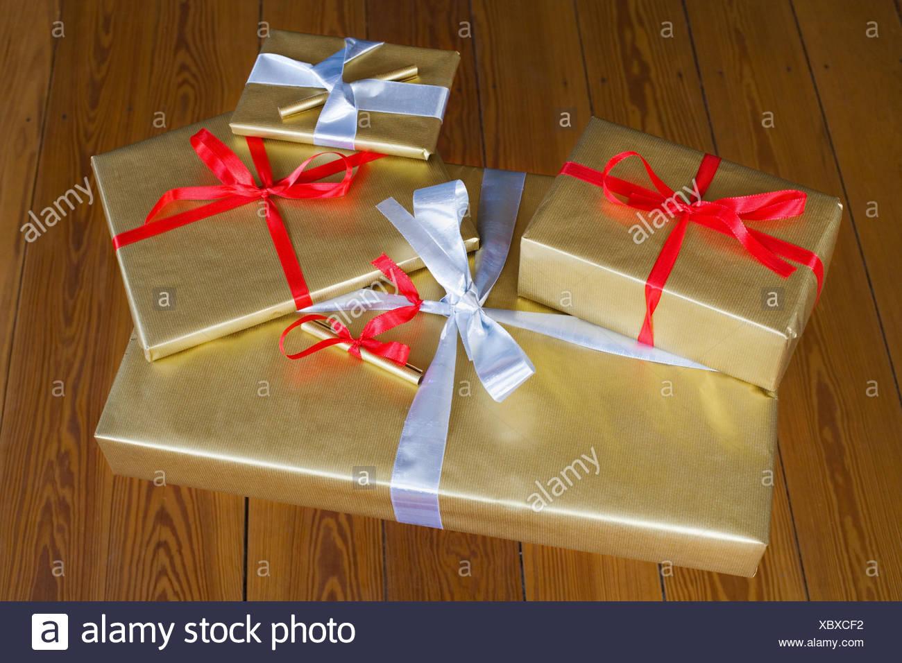 Weihnachtsgeschenke, Stock, Paket, Geschenke, Geschenke, Golden ...