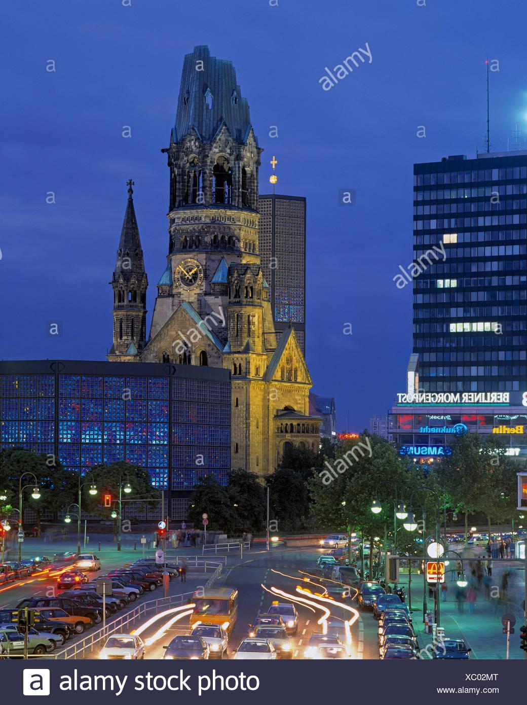 Deutschland, Europa, Berlin, Nacht, Kaiser Wilhelm-Festschrift Kirche, Königsallee, Breitscheid, legen Sie in der Nacht Stockbild