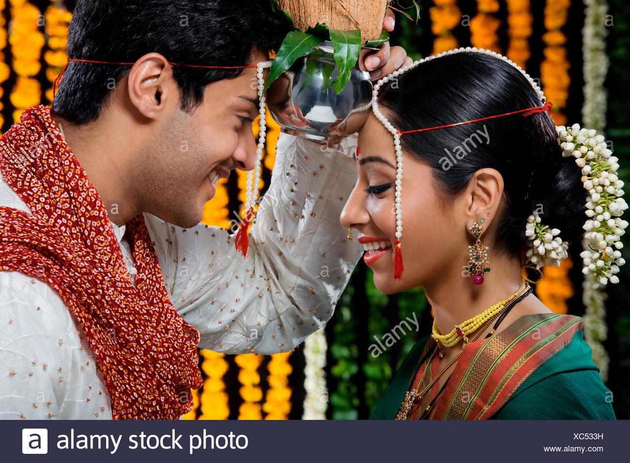Indische Hochzeit Stockfotos Indische Hochzeit Bilder Alamy