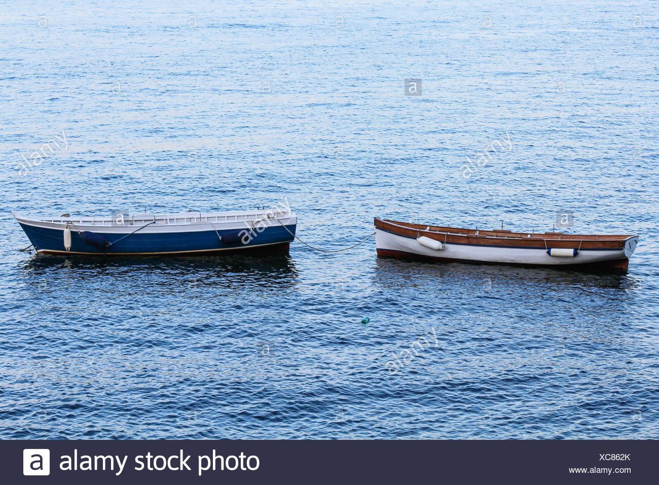 Boote auf dem Meer Stockbild