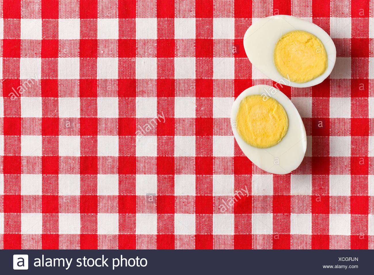 Yolk Of An Egg Stockfotos & Yolk Of An Egg Bilder - Seite 31 - Alamy