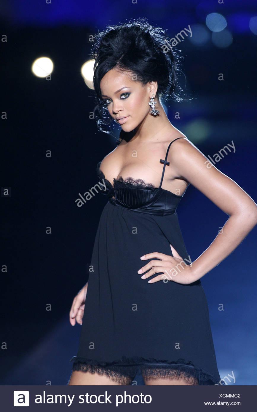 Fashion In Barbados Stockfotos & Fashion In Barbados Bilder - Alamy