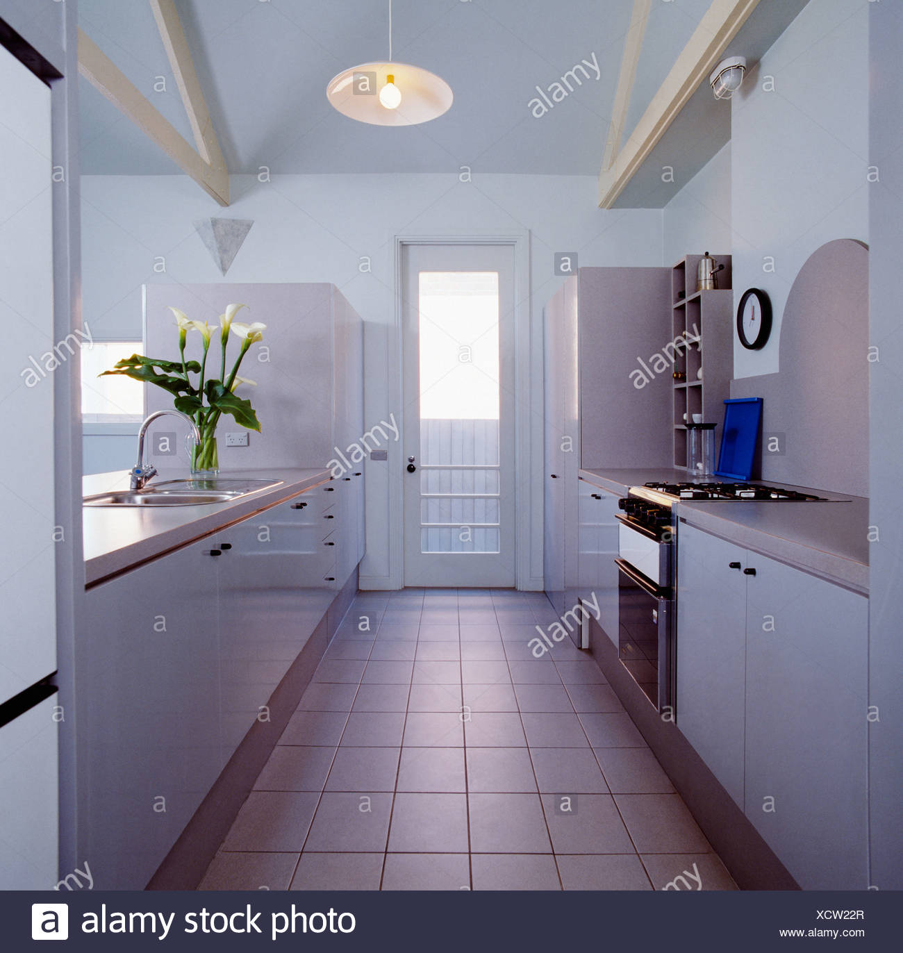 Großzügig Küche Fliesenboden Galerie Zeitgenössisch - Ideen Für Die ...