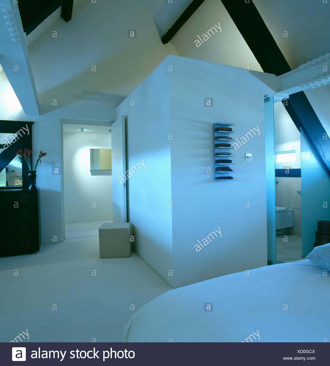 Atemberaubend Schlafzimmer Bad Hinter Glas Loft Wohnung ...