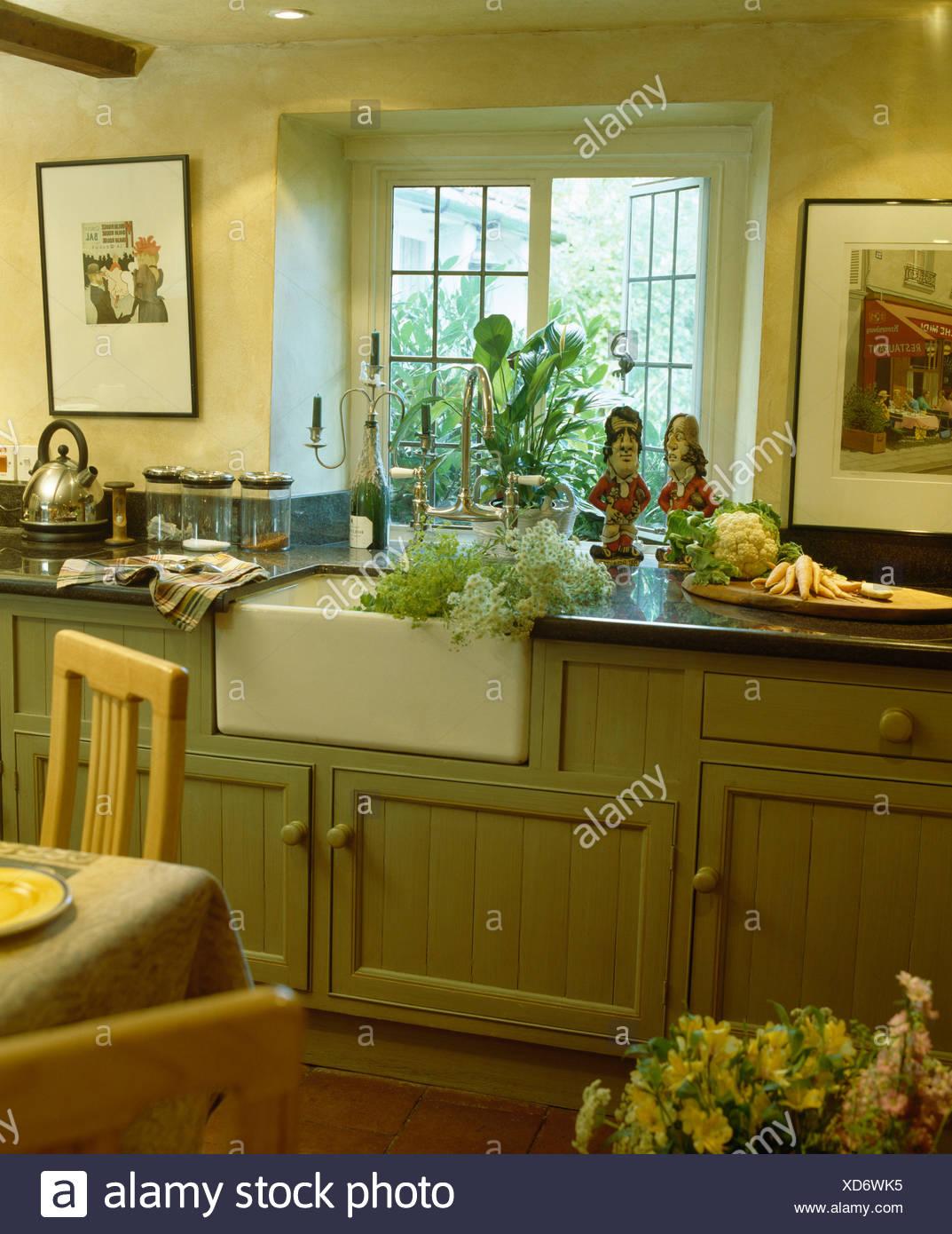 Großartig Küchenfenster über Waschbecken Fotos - Ideen Für Die Küche ...