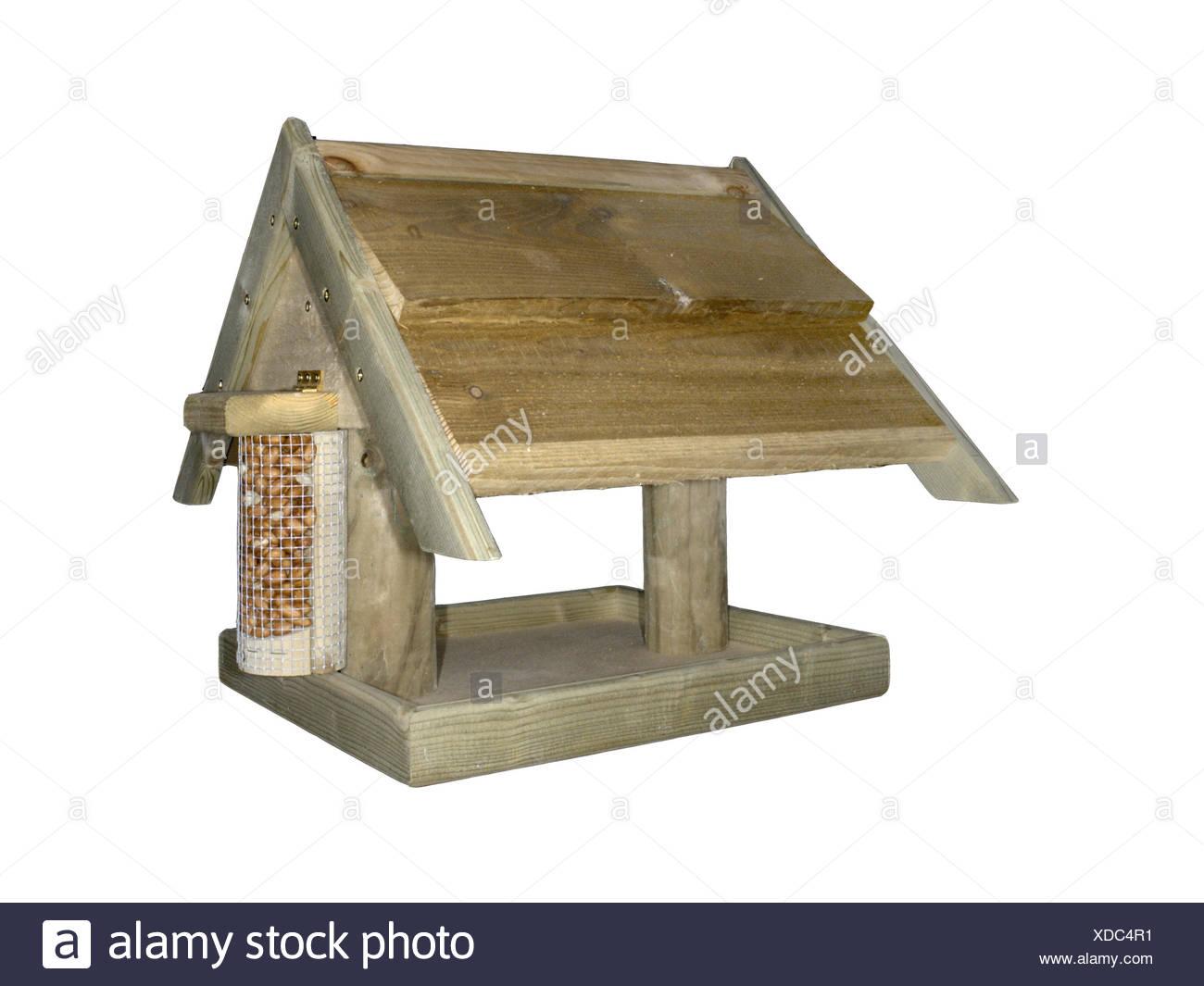 Holz Vogelhaus. Ein gemeinsames Design für Garten Vögel zu füttern. Stockbild