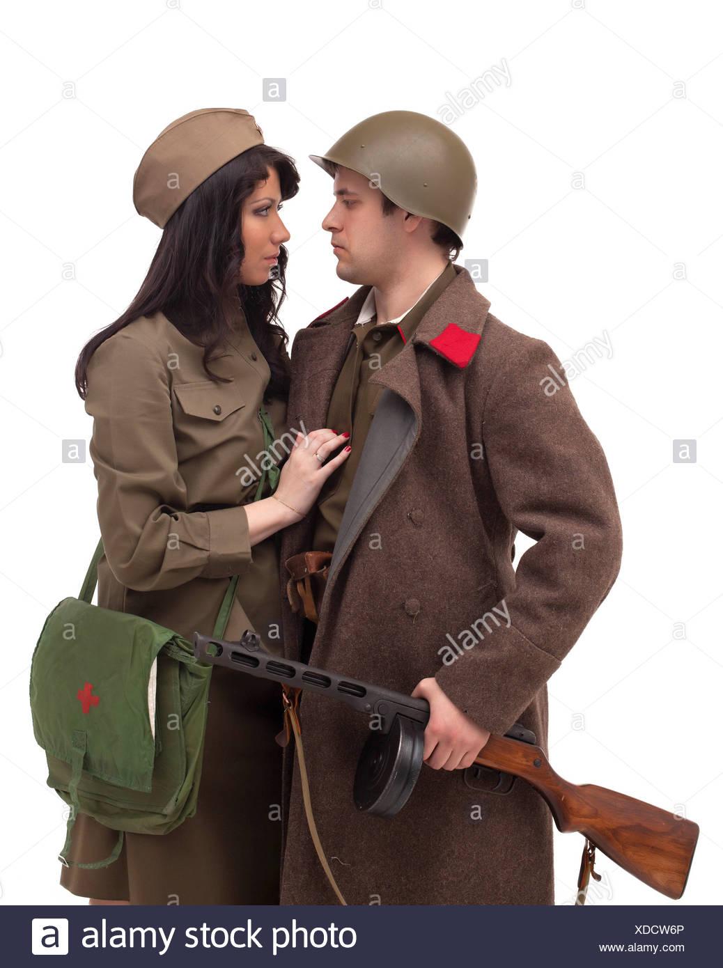 Auswirkungen auf junges Paar posiert im studio Stockbild