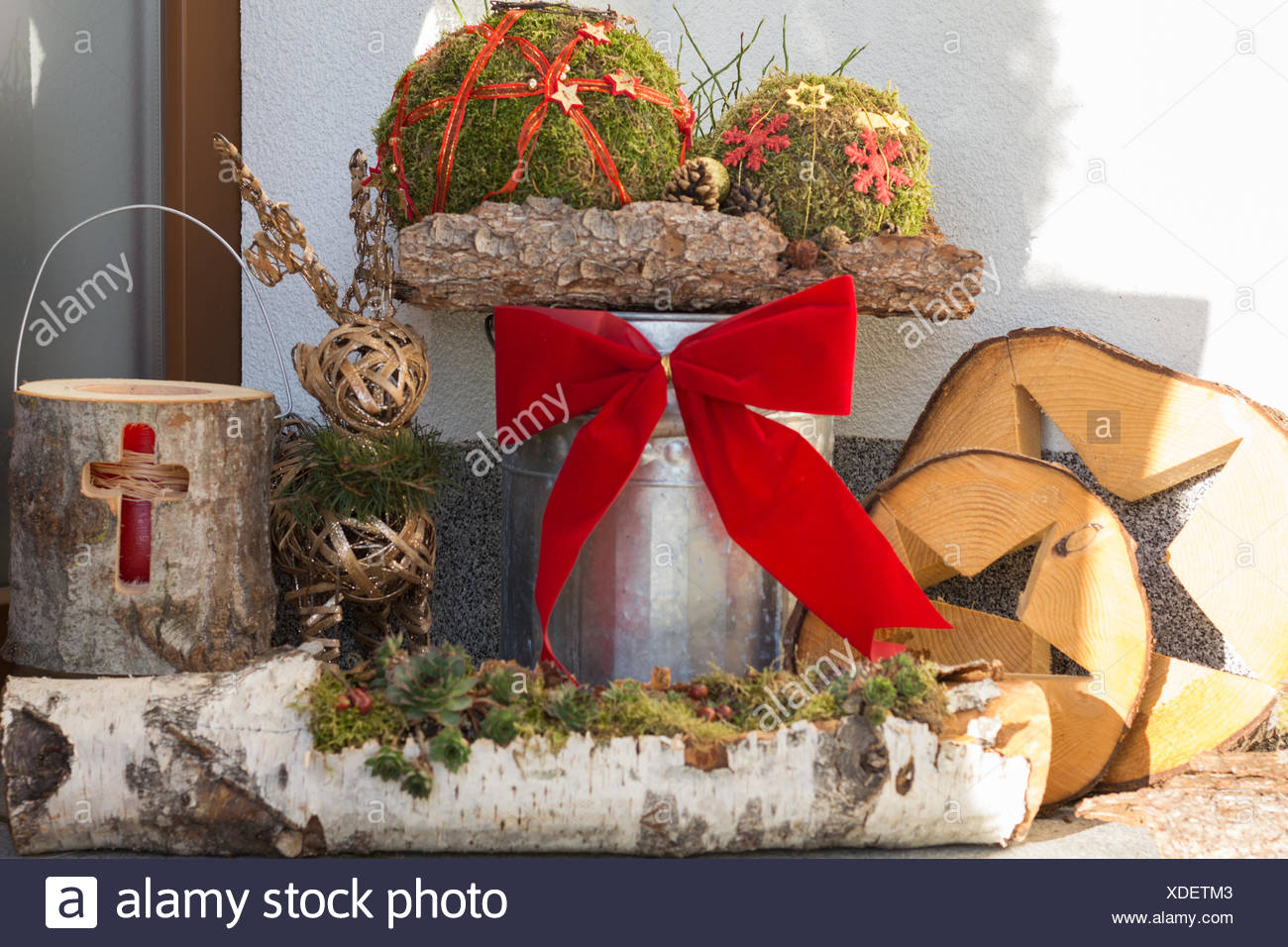 Außendekoration Weihnachten.Außendekoration Weihnachten Nächsten Eingang Stockfoto Bild