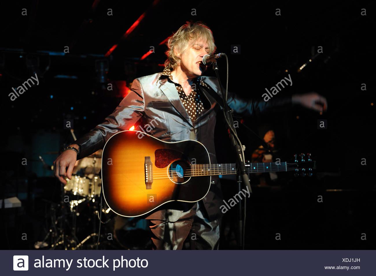 Berlin, Deutschland, Bob Geldof während eines Konzerts im asphalt Stockbild