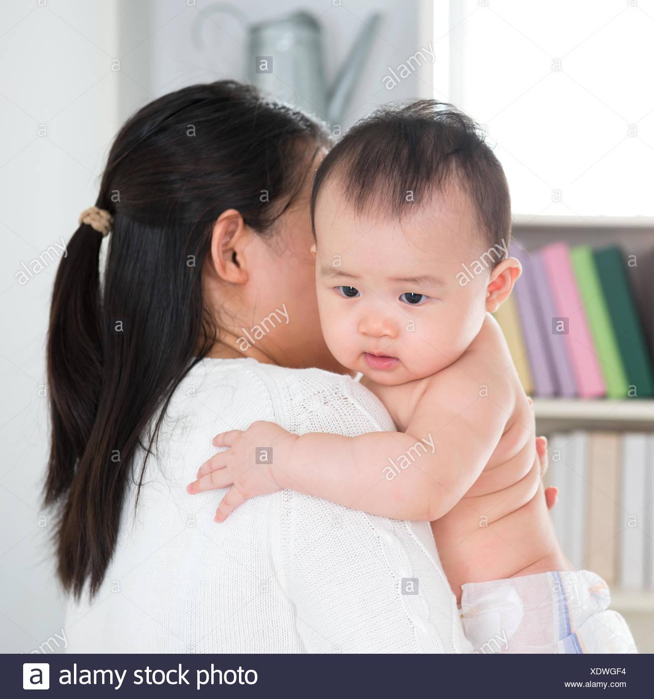 alte asiatische Mutter