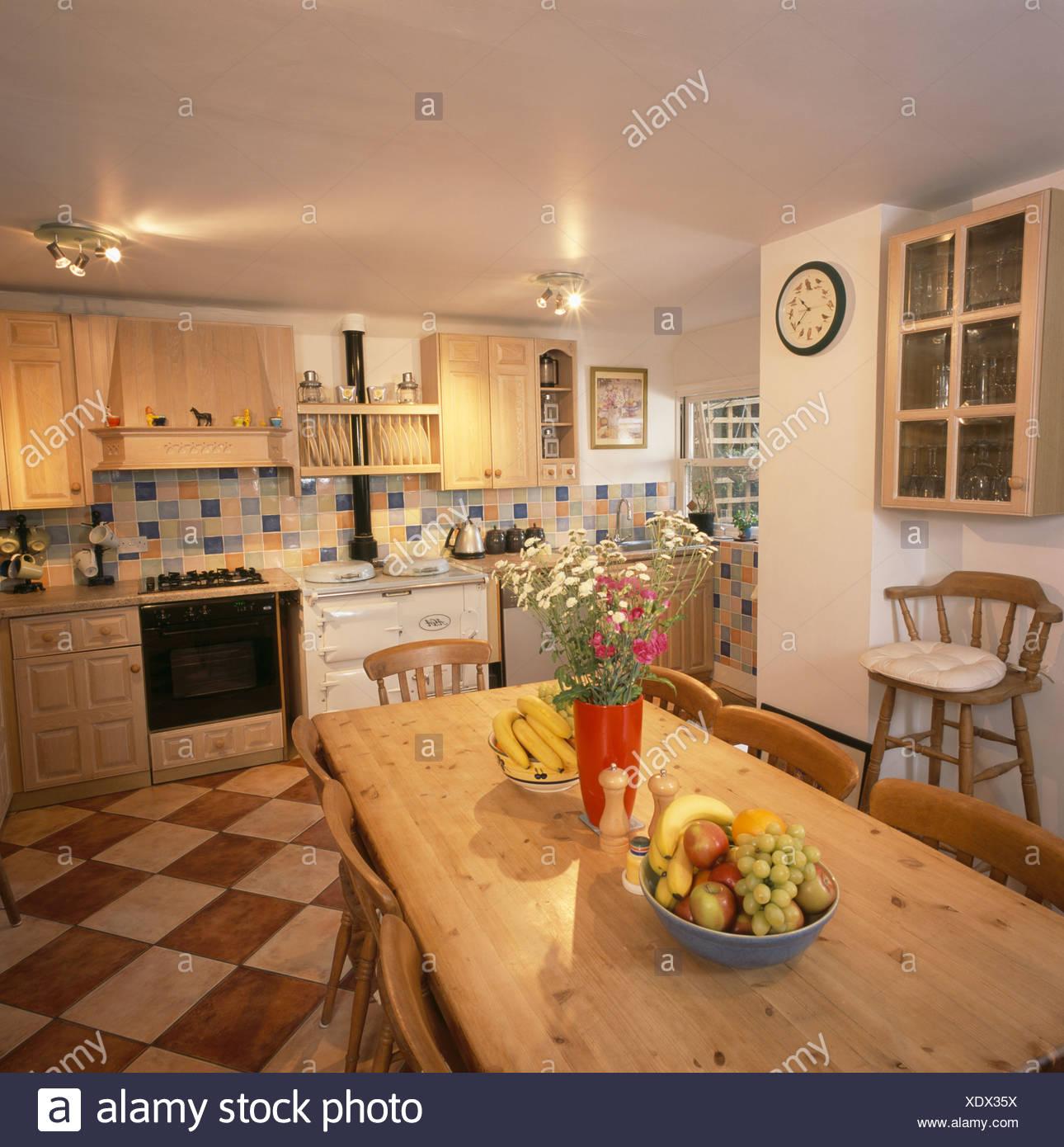 Tolle Küchenecke Tisch Mit Stau Bilder - Ideen Für Die Küche ...