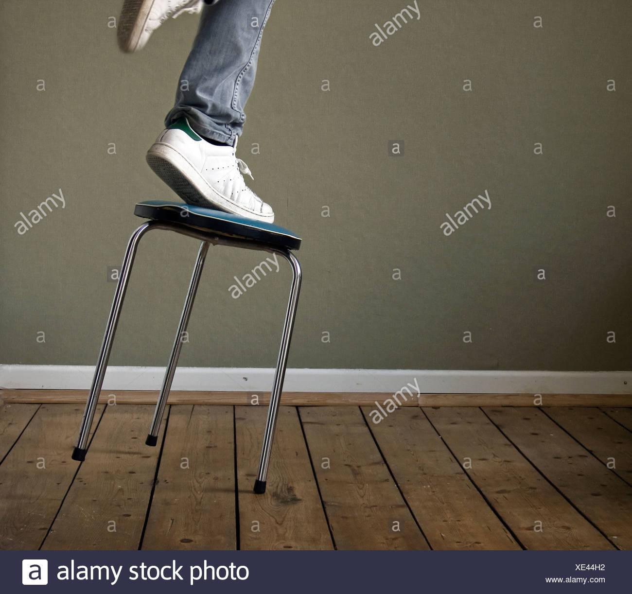 häusliches Leben, Unfall, Gleichgewicht, Herbst Stockbild