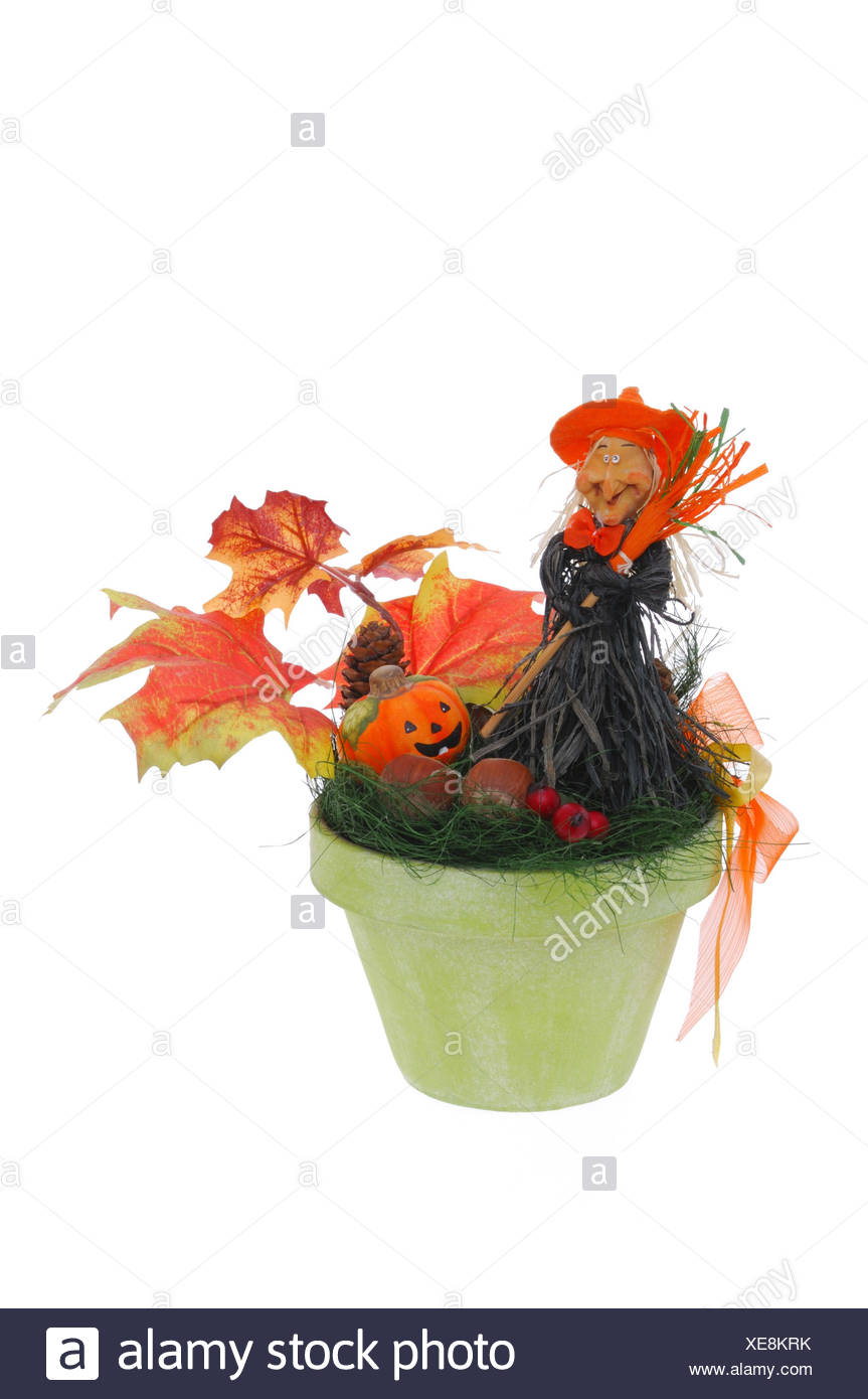 Halloween Witch Cut Out Stockfotos & Halloween Witch Cut Out Bilder ...