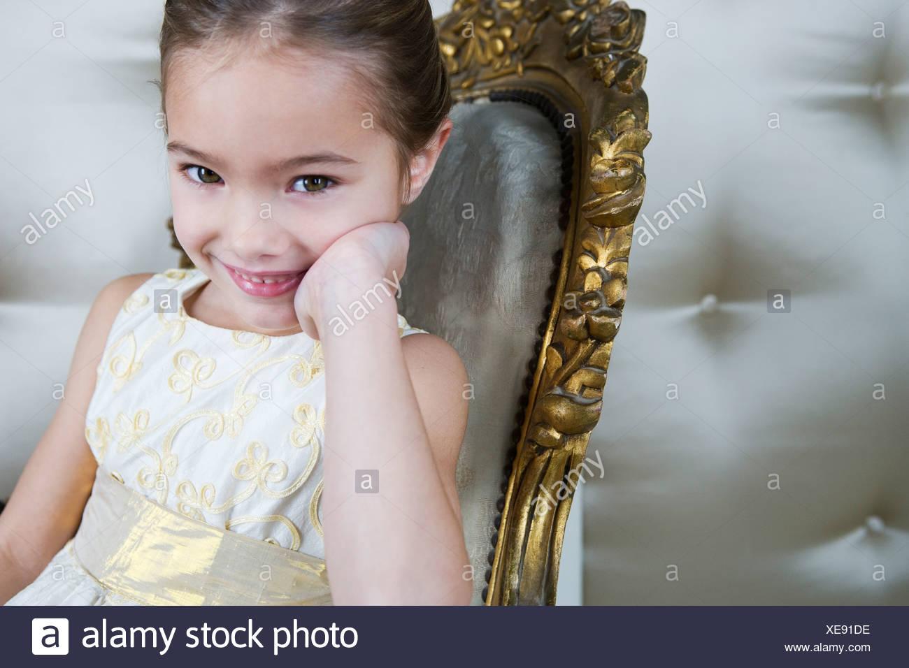 Beste Kleine Mädchen Partykleid Ideen - Brautkleider Ideen ...