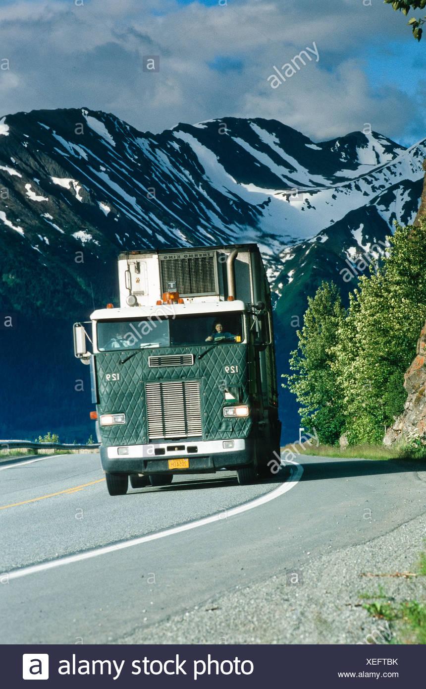 Alaska, verschiedene LKW Bilder schleppen der Fracht und Lieferungen quer durch Alaska. Stockbild