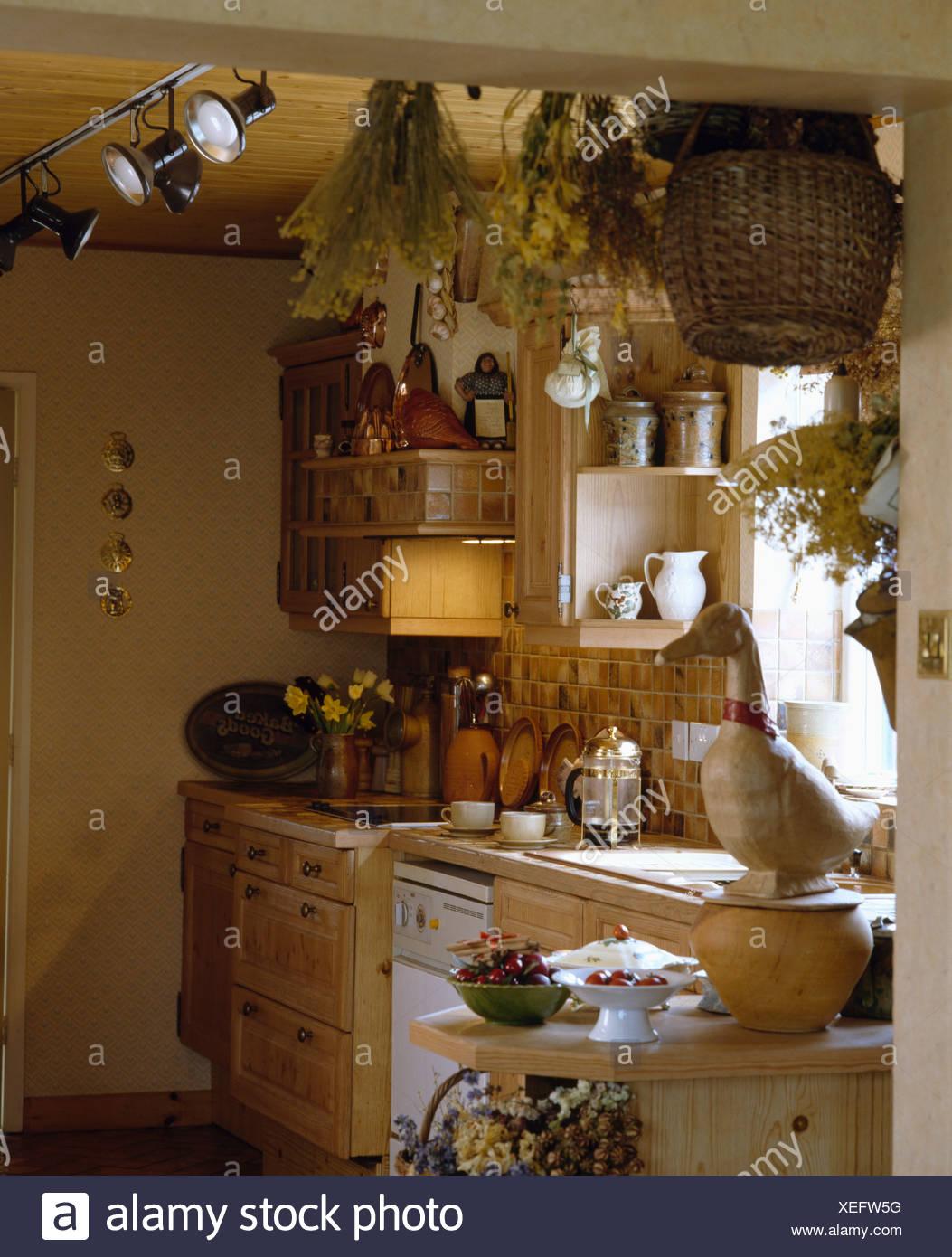 Gemütlich Küche Spot Beleuchtung Uk Ideen - Ideen Für Die Küche ...