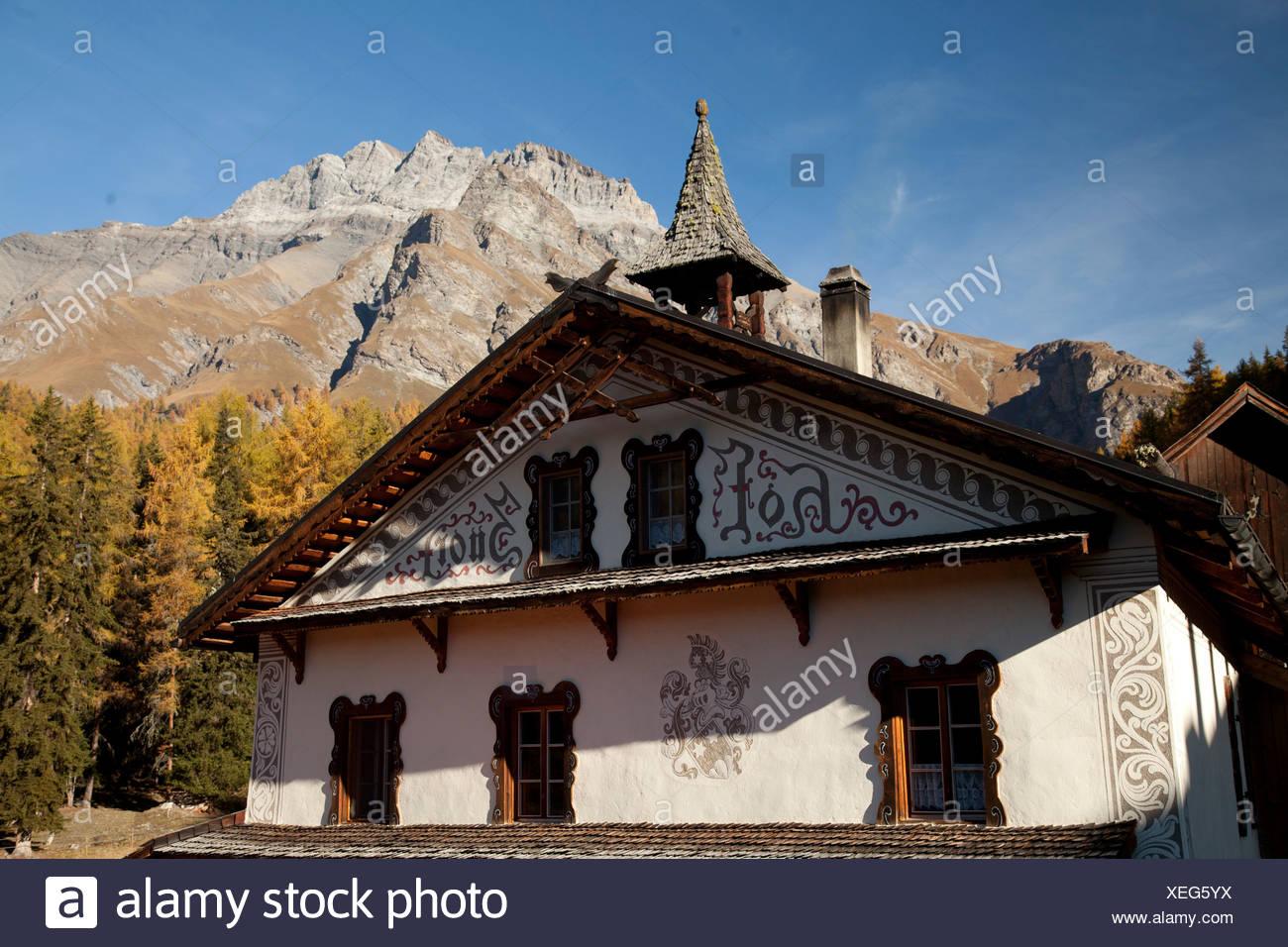 Berggasthaus, Choglias, Gasthaus, Gasthof, Graubünden, Graubünden, Herbststimmung, Schweiz, Europa, Sent, Unterengadin, Val Sinestra, Vna, Stockbild