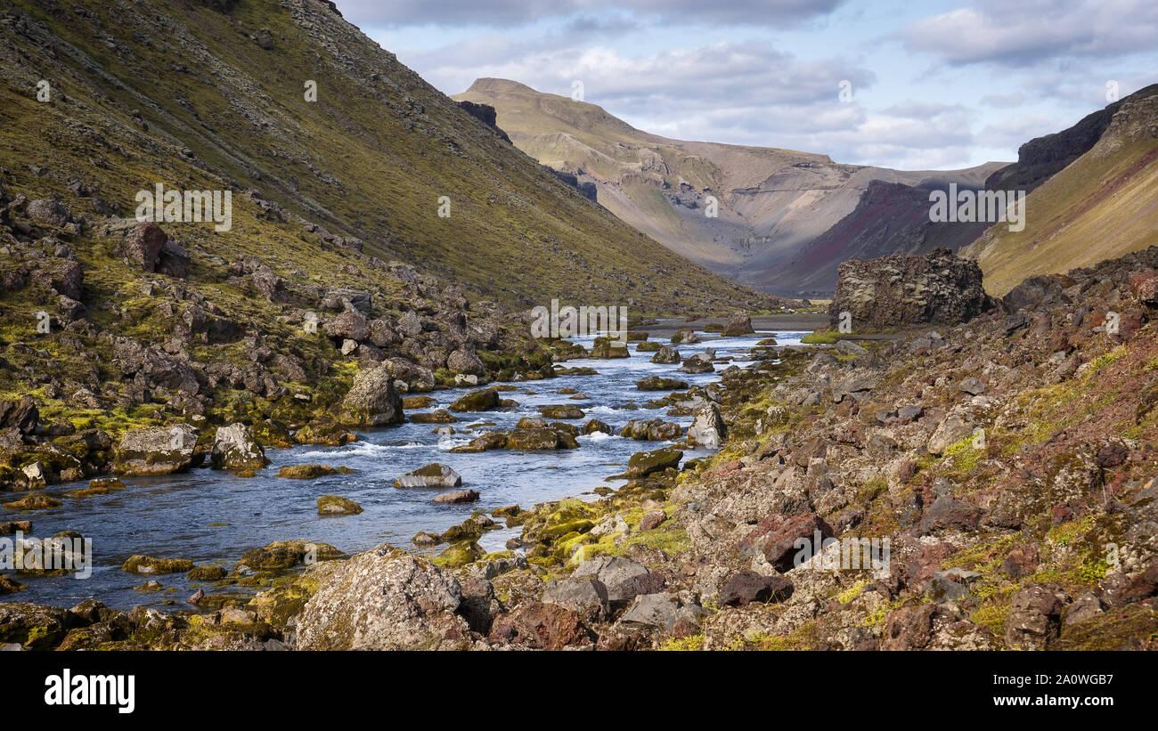 Abajo Ofaerufoss Eldgja Canyon, Cascada, Islandia Foto de stock