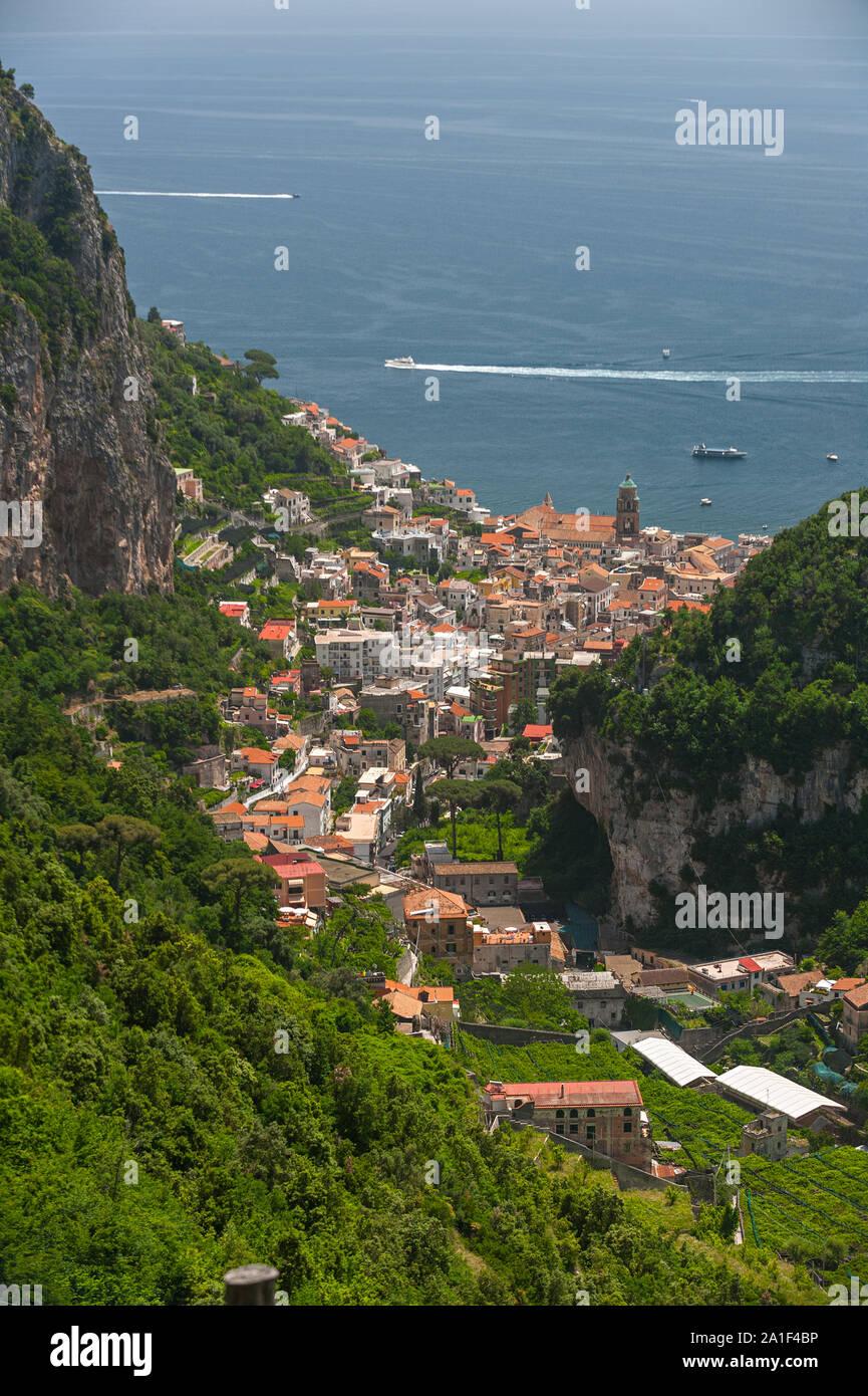 Amalfi Vista Terrazas Para El Cultivo En El Valle De Amalfi